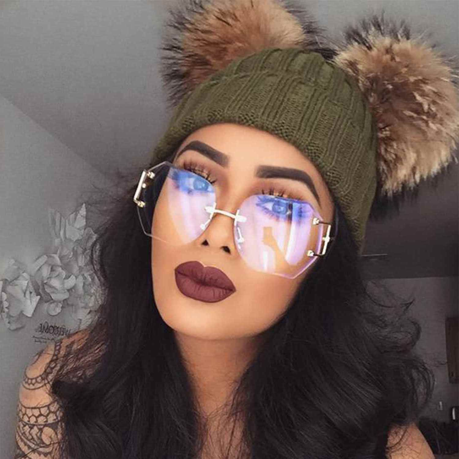 9d3b74618ceb Women Oversized Rimless Sunglasses Clear And Gradient Lens Metal Frame Retro