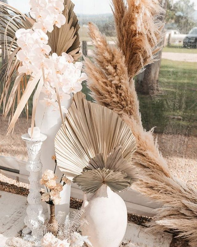 Divine Wedding Flowers: Pampas Grass And Orchids