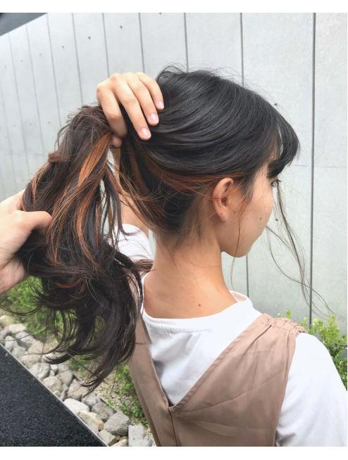 個性的 モード 黒髪 インナーカラーオレンジ L019081763 アクア