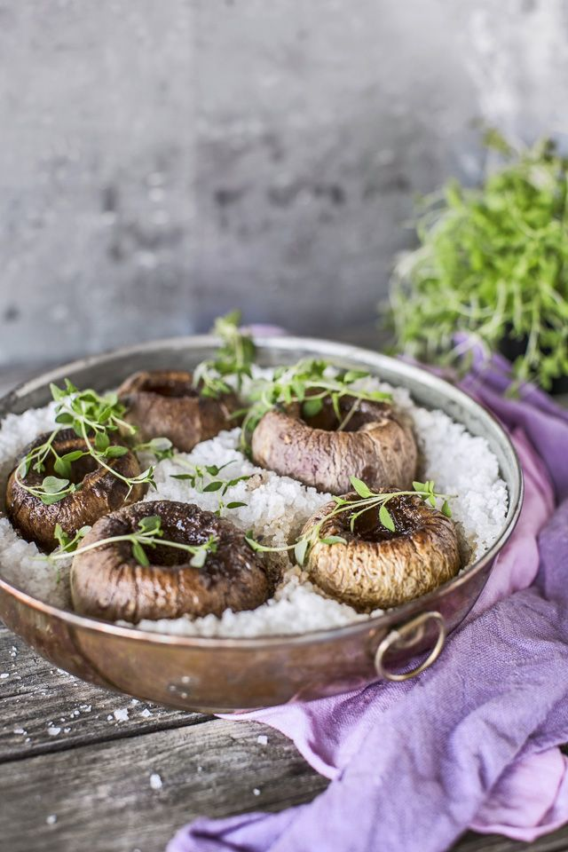 Tarjoa suloisenmakeat uunissa haudutetut nauriit esimerkiksi liha-, kala- tai…