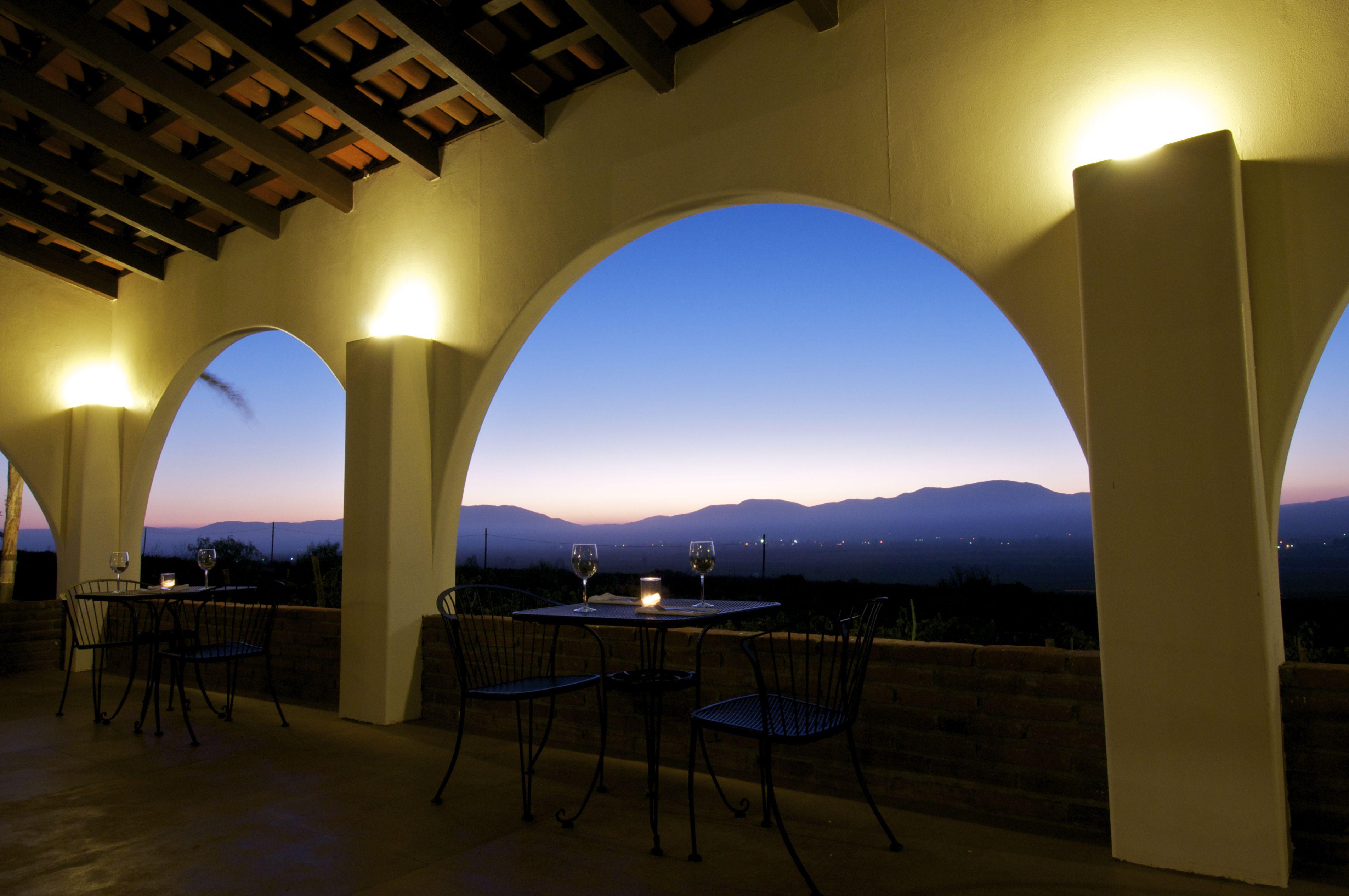 Nuestra Terraza Con Vista Hacia Increibles Puestas De Sol Y Atardeceres Valle De Guadalupe Vistas Haciendas