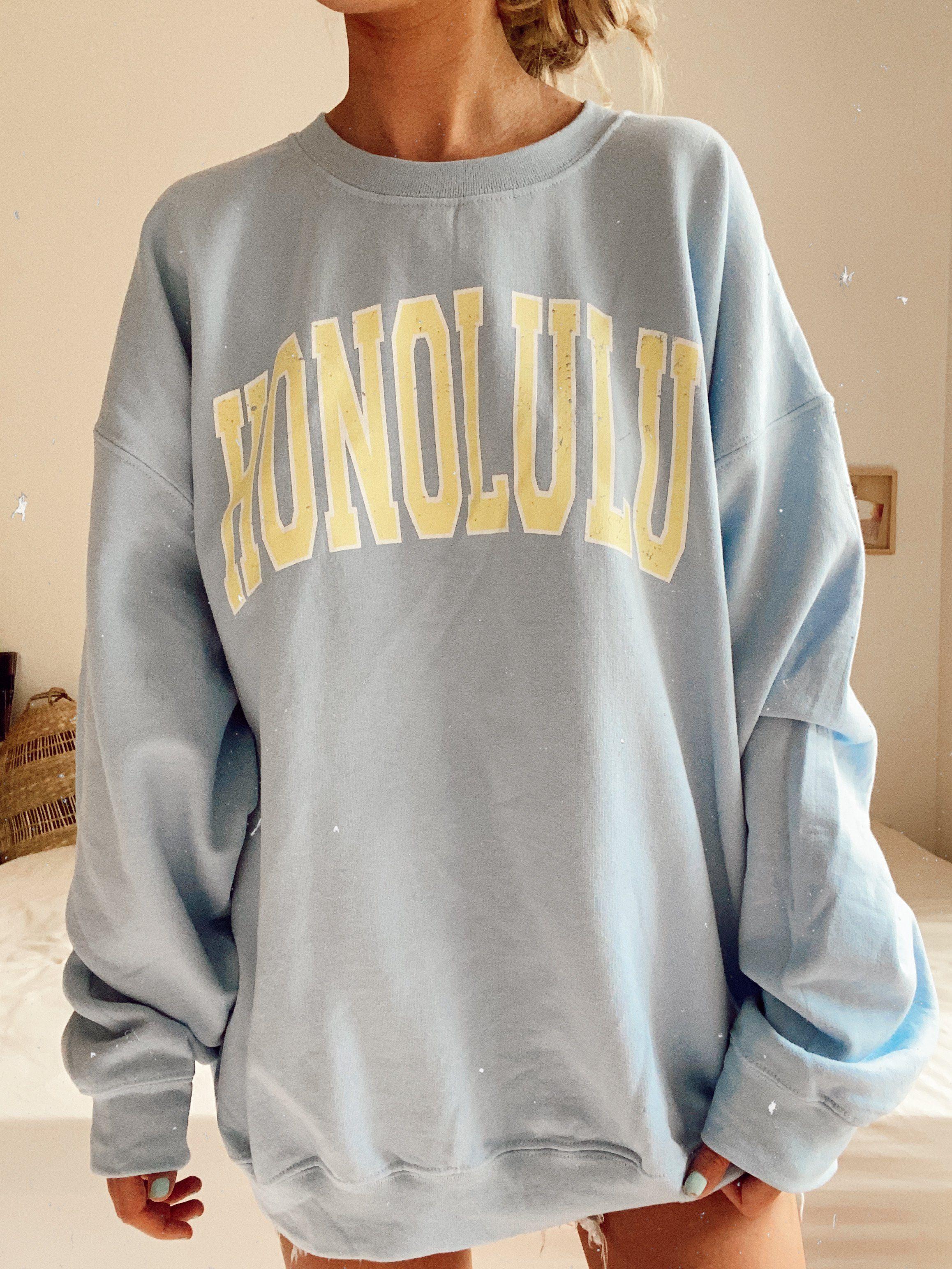 Honolulu Sweatshirt Sunkissedcoconut In 2021 Vintage Crewneck Sweatshirt Baggy Sweatshirts Sweatshirts [ 3088 x 2316 Pixel ]