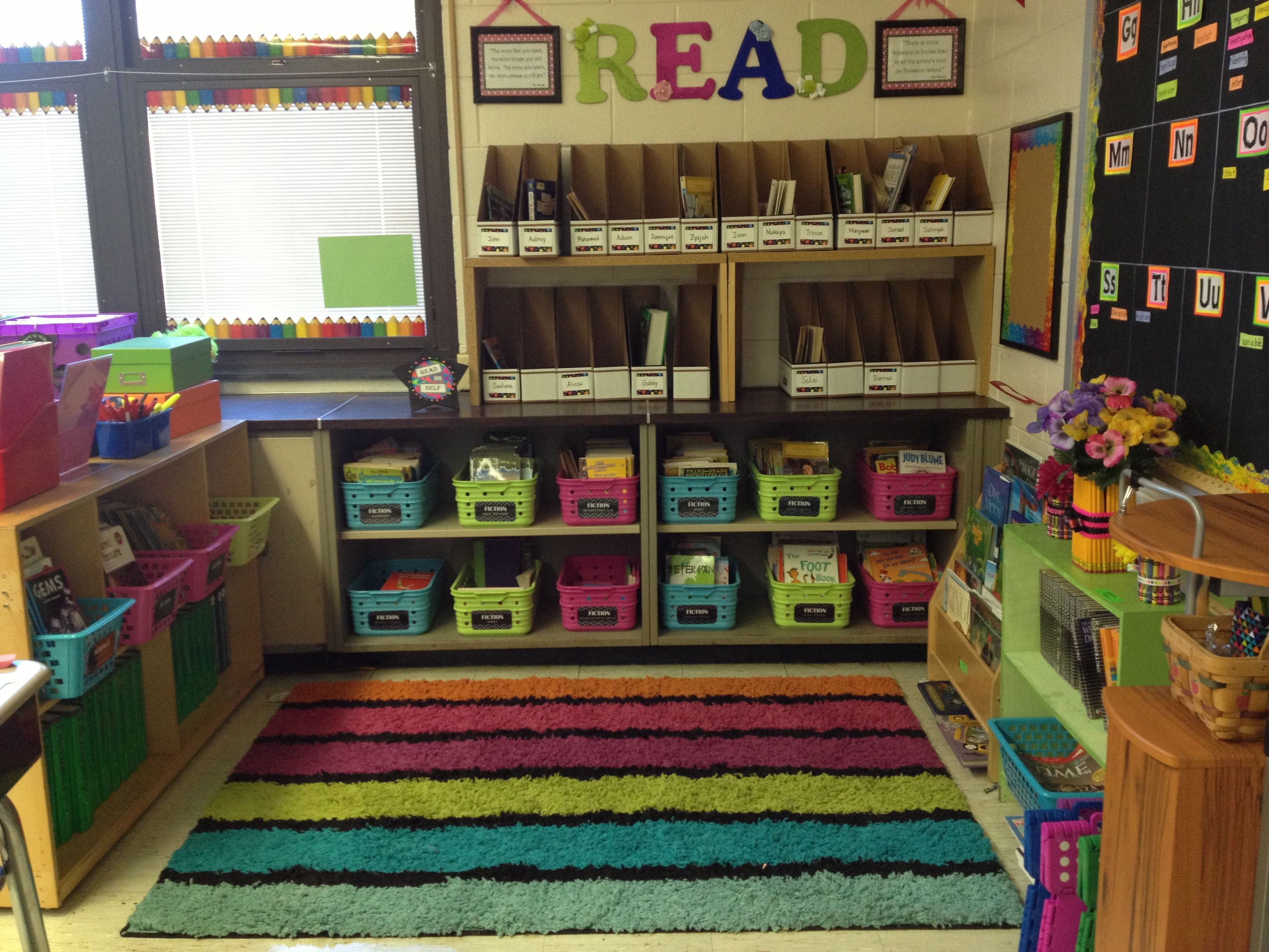 Classroom Organization Ideas Elementary ~ Elementary classroom library very color coordinated and