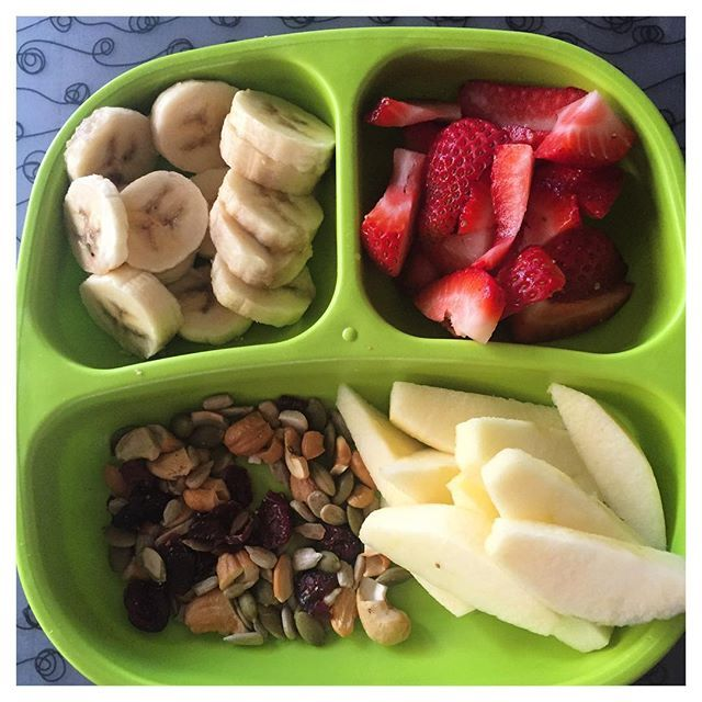 Healthy snack options for your little one- organic apple, strawberries, banana and handful of mixed nuts! #healtyfunbaby #toddlerhappiness #organicfood #localfood #healtyfunfood #healthybaby #healthyeating #healthysnacks