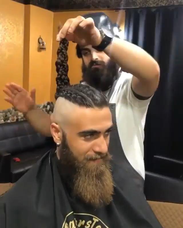 Photo of Ein Wikinger Frisuren Mohawk Braid mit Bart. 💈🙌🔥