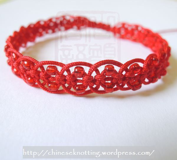 Chinese knotting red bracelet   Wire work and macramé