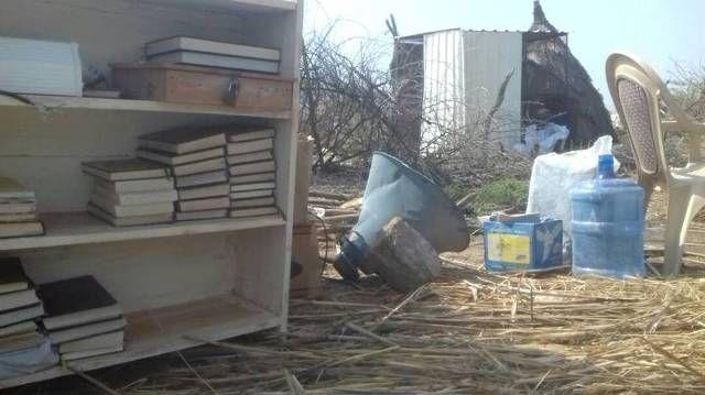 السلطات تهدم مسجد وتتلف (المصحف الشريف) بكسلا