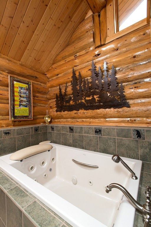 Master bath tub has plenty of room to wash 2 adults or a pool for a ...