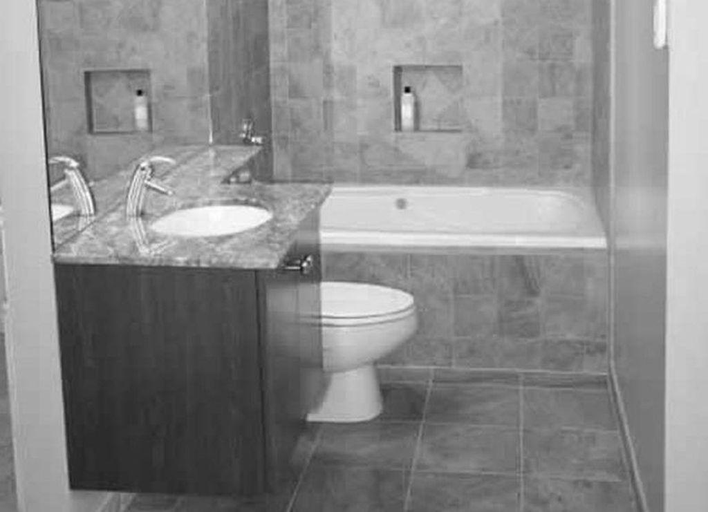 Adorable 49 Cozy Marble Small Bathroom Remodeling Ideas.