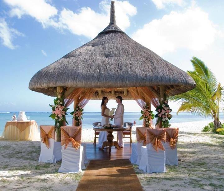 Bali hut ceremony