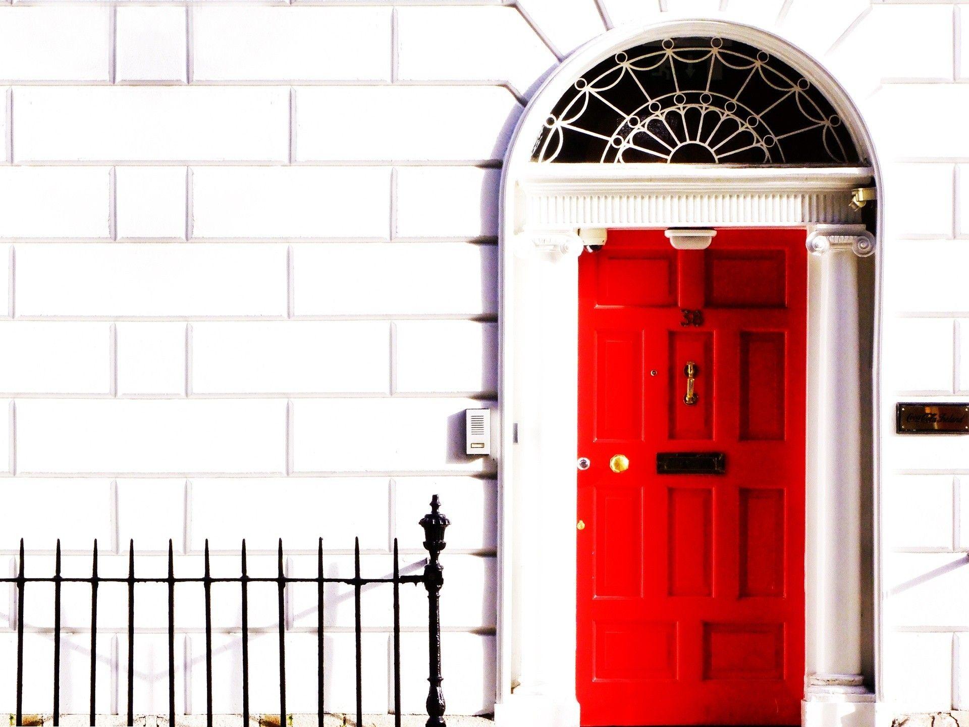 Doors red white wallpaper AllWallpaper 3303 PC en