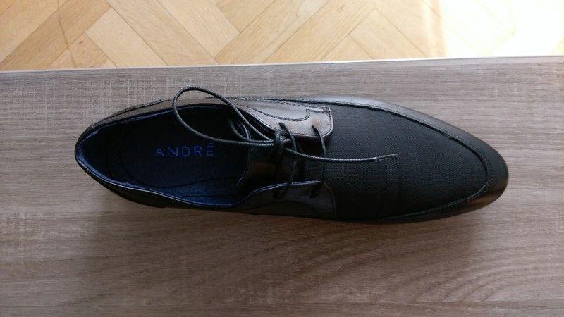 ec19a1f7e7302c je vend une paire de chaussure homme de la marque André en cuire et tissus  toute