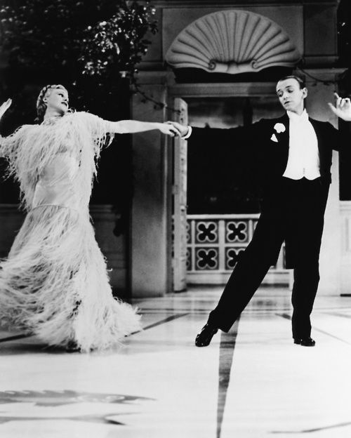 Ginger Rogers And Fred Astaire Dancing To The Song Cheek To Cheek In The Movie Top Hat 1935 Songs Were Written Ginger Rogers Fred And Ginger Fred Astaire