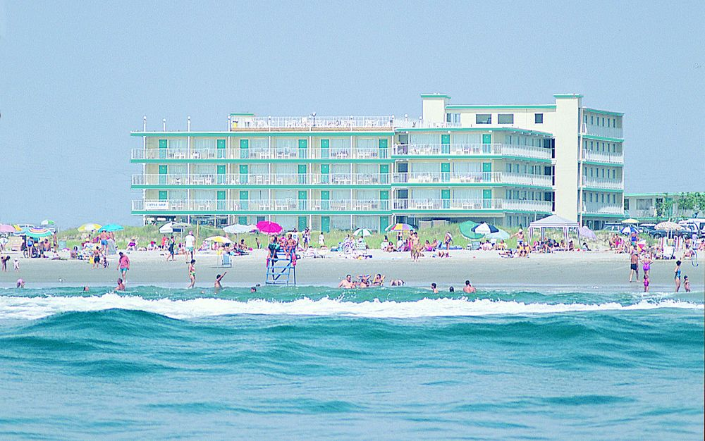 Find This Pin And More On New Jersey By Cmcgeeharringto Aqua Beach Hotel