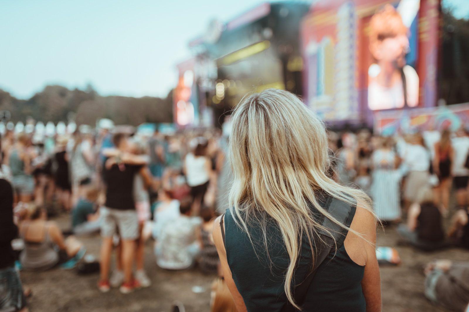 Blonde girl @ Lollapalooza Berlin Festival 2016