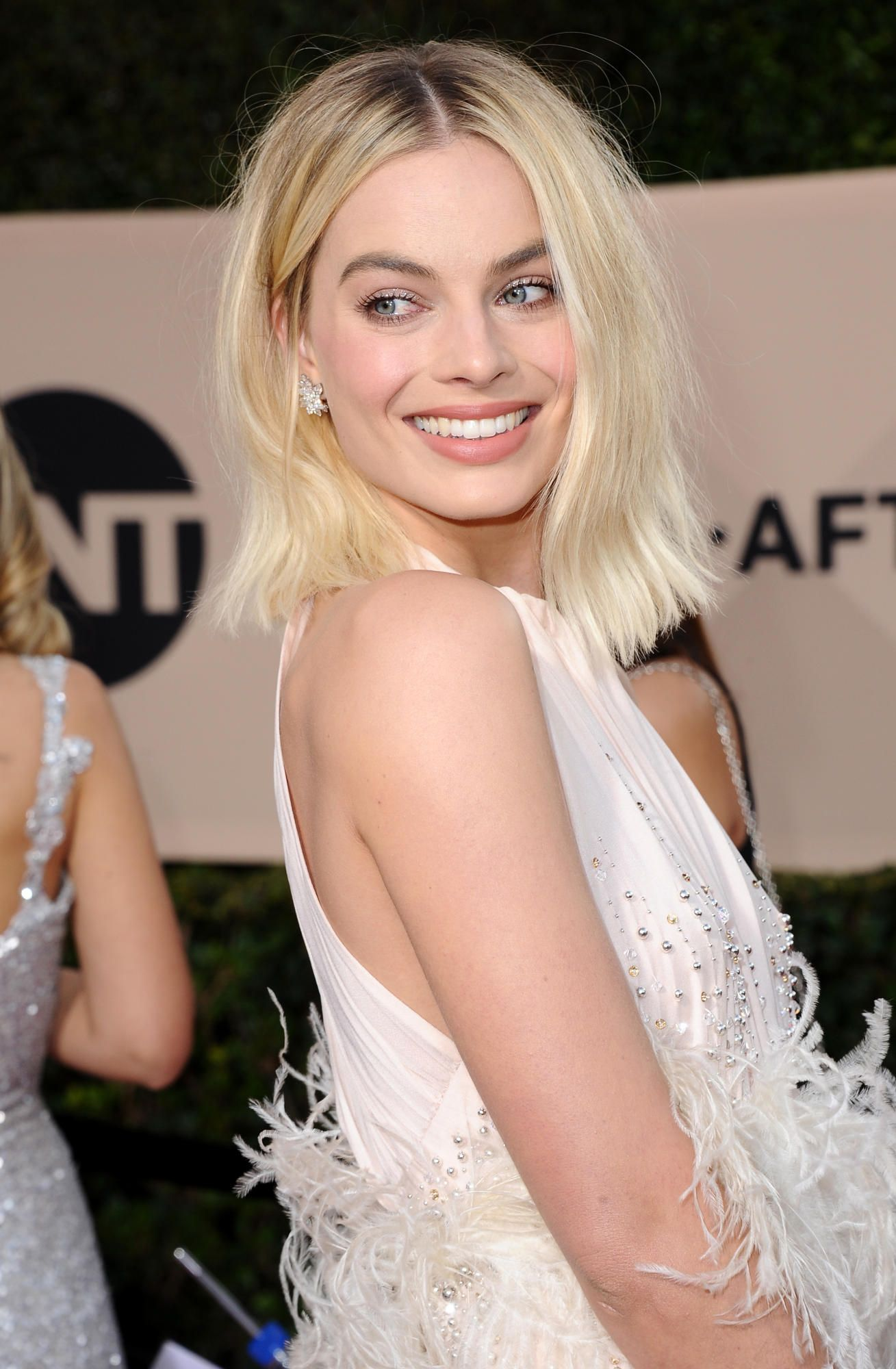 See the Best Beauty Looks From the 2018 SAG Awards