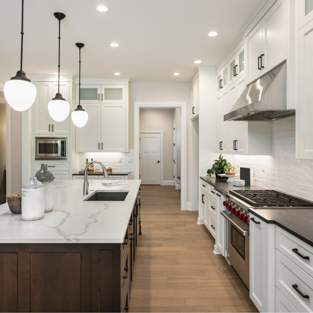 two tone kitchen cabinet ideas to avoid boredom in your home