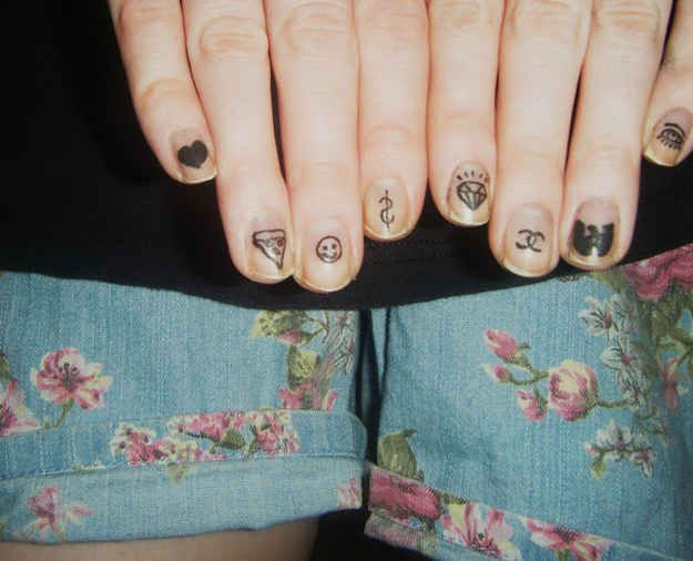 32 Easy Nail Art Hacks For The Perfect Manicure | Nail decals, Nail ...