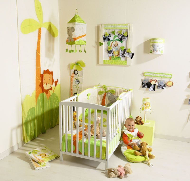 Exemple deco chambre bebe garcon jungle belle nature et b b for Deco chambre bebe mansardee 2