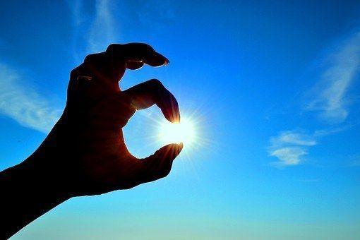 Vitamine D is een natuurlijke remedie bij een hoge bloeddruk Omdat er een link Vitamine  Vitamine D is een natuurlijke remedie bij een hoge bloeddruk Omdat er een link