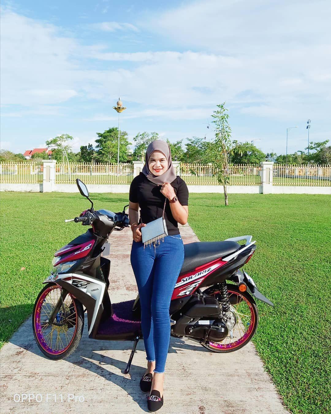 Syaesya Di Instagram Gaya Hijab Celana Jins Gaya