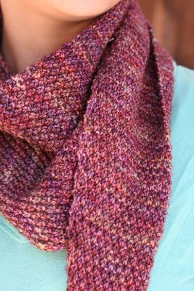 Moss Baktus. A simple pattern for a triangular scarf ...