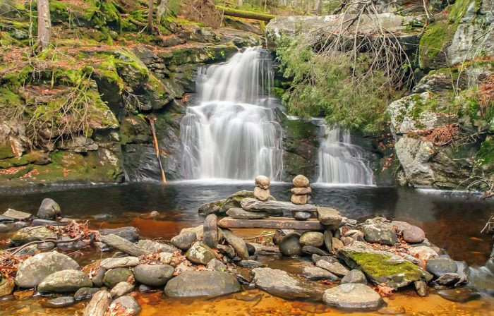 5 Waterfall Swimming Holes In Connecticut That Will Make Your Summer Complete Connecticut Travel Swimming Holes Day Trips