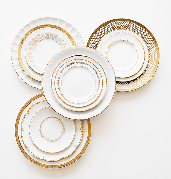 Dinnerware Rental Black And Gold Plate Clear Pressed Plate Ceramic Plate White And Gold Plate Acacia Gold Dinnerware Dinnerware Luxury Tabletop