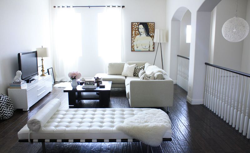 This would be great in a flat I love the Barcelona Daybed! MY