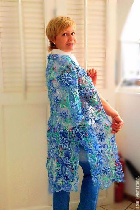 купить голубой жилет женский