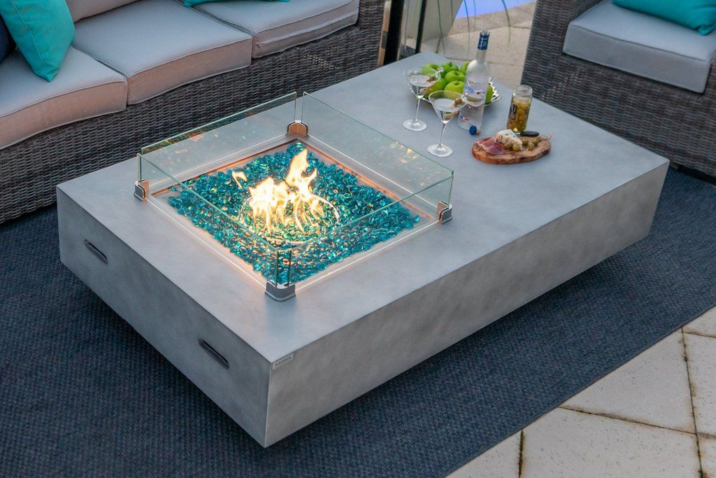 65 Rectangular Outdoor Propane Gas Fire Pit Table In Gray In 2020