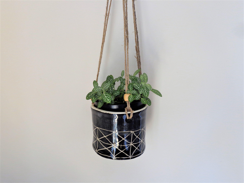 Small Black Sgrafitto Textured Hanging Planter Rustic Round Indoor Or Outdoor Hanging Planter Pot Home Garden Patio Verandah Decor Rustic Patio Garden Planters Garden Lighting Diy