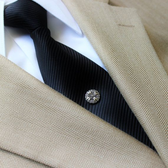 Tie pins for men. http://buff.ly/2gKowT4 #dapper #men #mensstyle #gifts  #Christmas #style | Ties mens, Tie tack, Ties mens fashion