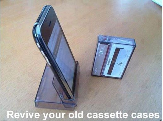 Useful idea and looks easy to make. Reuse an old CD case for an iPhone stand - great gift idea for fathers day