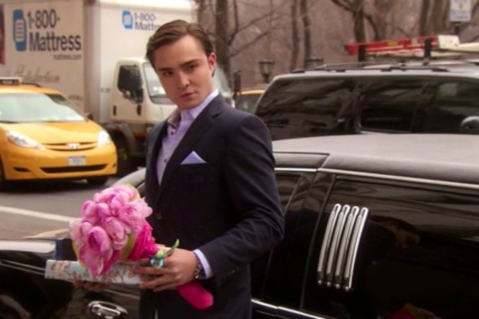 I would literally die if Chuck Bass had gone to different countries to pick up my favorite things and stood outside my hotel with a limo and flowers. No joke like how is Blair alive