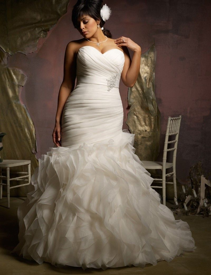 New Plus Size Mermaid Style Ruched Ruffled Trumpet Wedding Dress Autumn Collection