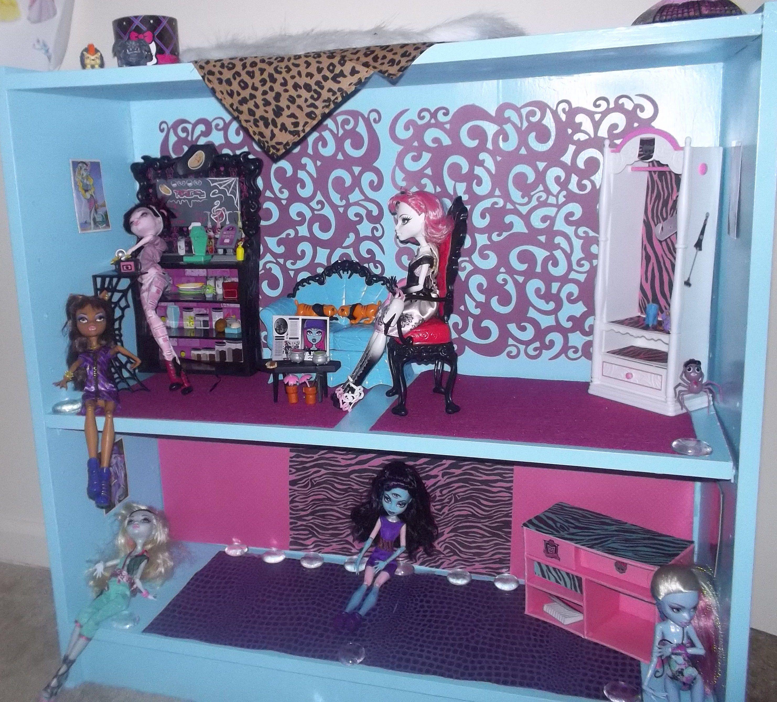 Monster High house Monster High Pinterest
