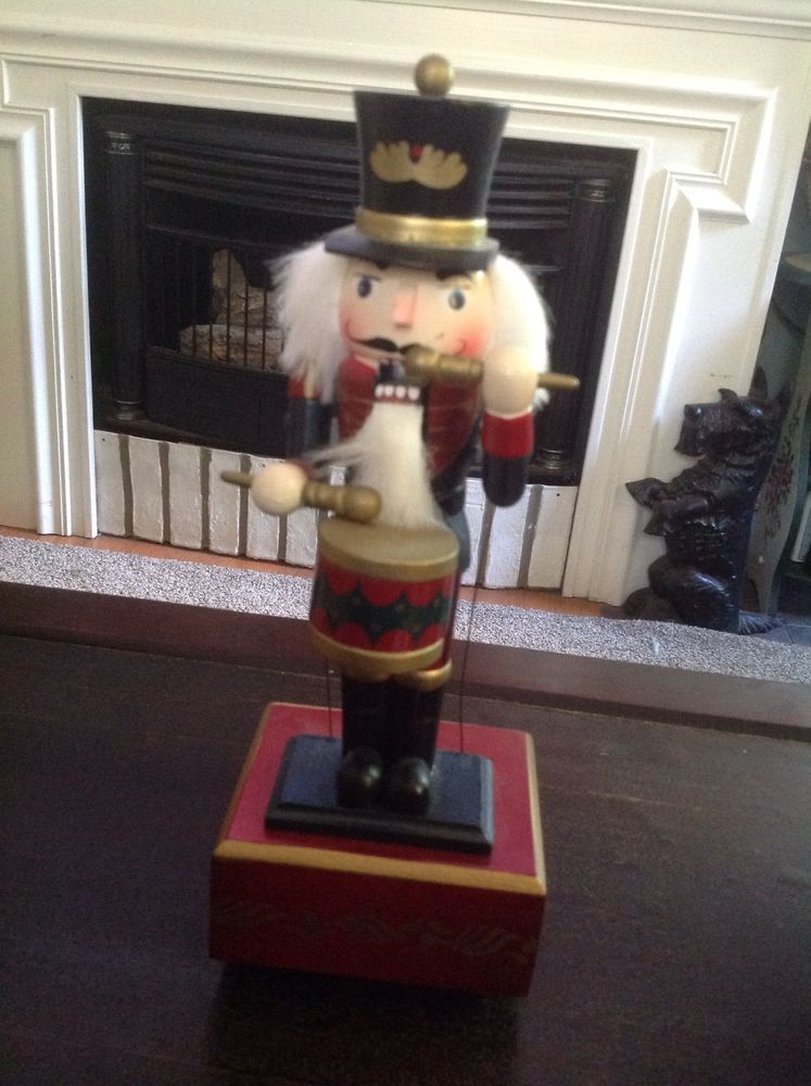 Christmas drumming Nutcracker Holiday Drummer Soldier Collectible Gift Musical