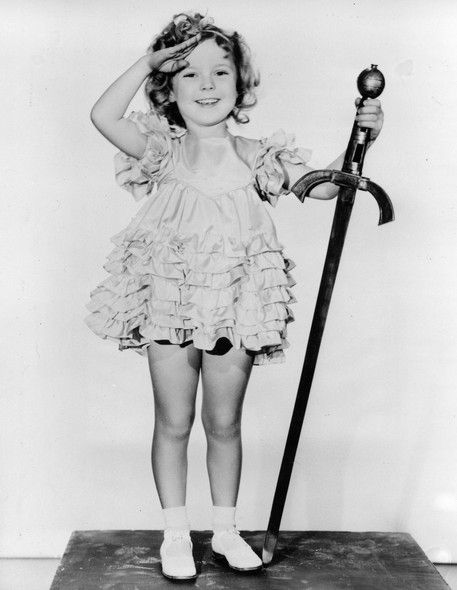 Morre Shirley Temple A Eterna Estrela Infantil De Hollywood