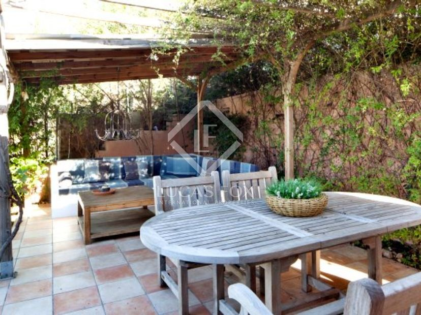 Modern house for sale in Can Suria close to Sitges
