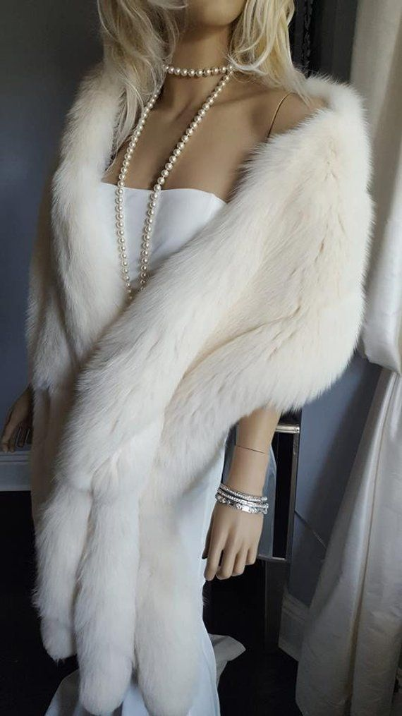 White Fur Stole >> Luxury Vintage White Fox Fur Stole With Tails Fur Fling Wrap