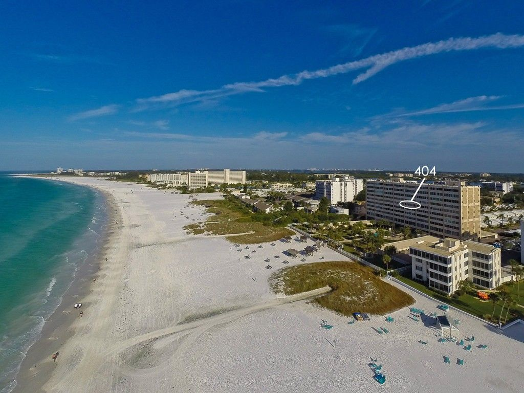 Siesta Key Vacation Condo Rentals In 2020 Florida Vacation Rentals Beachfront Vacation Rentals Beachfront Vacation
