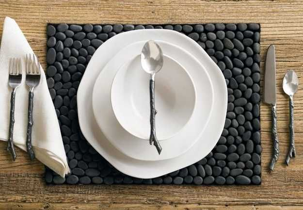 placemat made with black pebbles