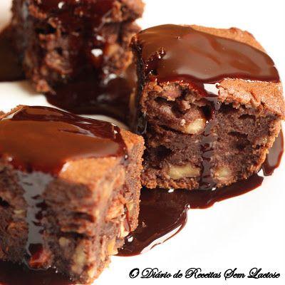 Brownie de Chocolate com Banana e Calda de Chocolate - O Diário de Receitas Sem Lactose