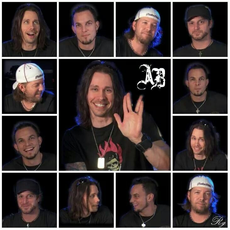 OK my world is complete... Myles Kennedy is a nerdfighter!