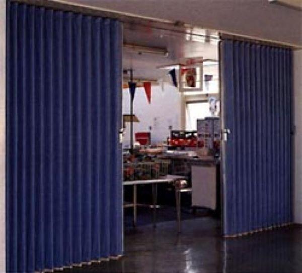 Folding Parion Walls Commercial