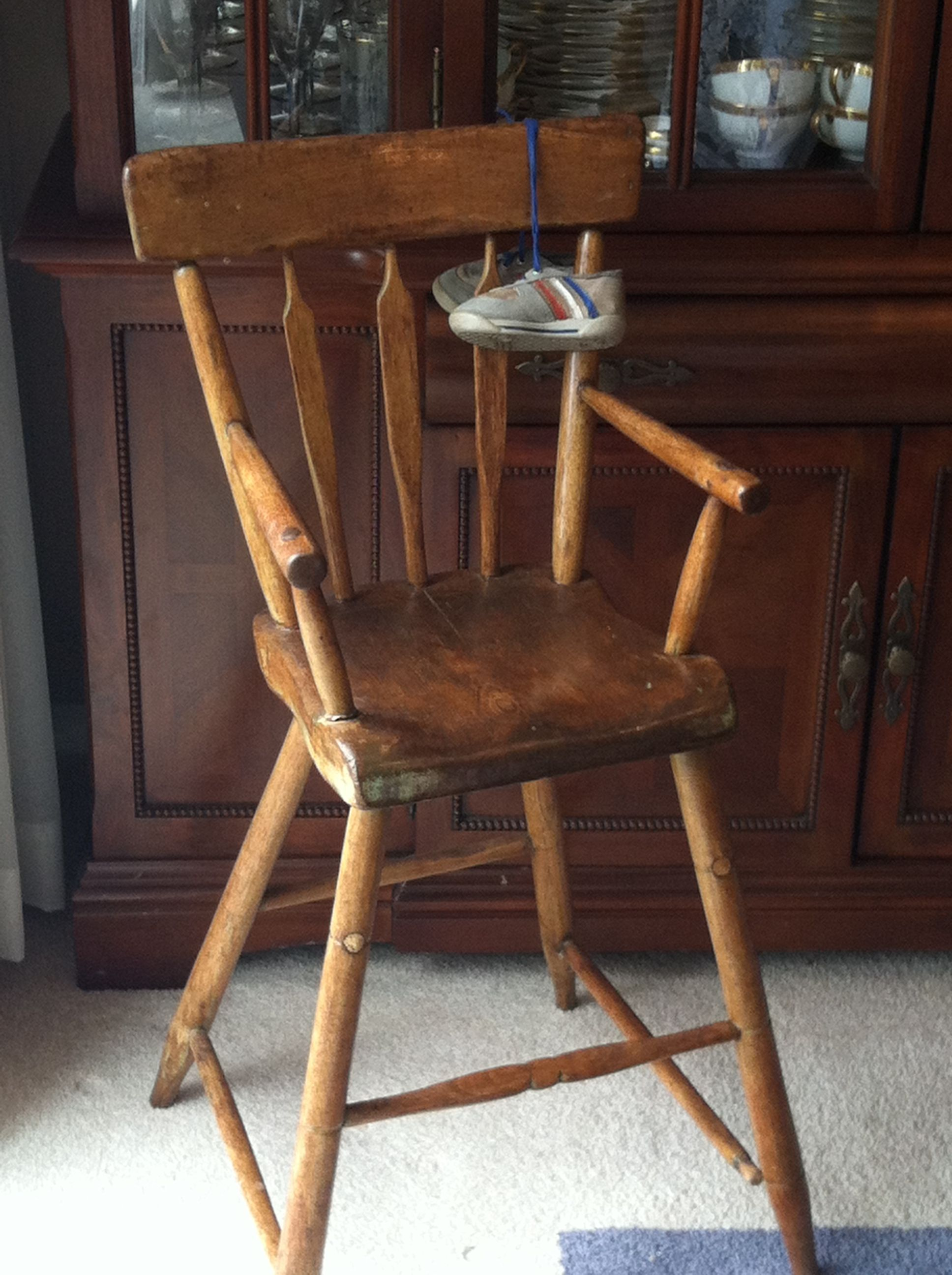 Antique Arrowback Youth Chair