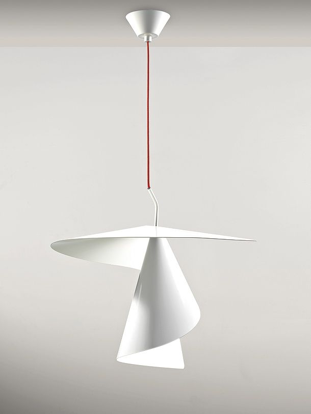 Spiry: la espiral luminosa del diseñador Giovanni Barbato para Axo Light