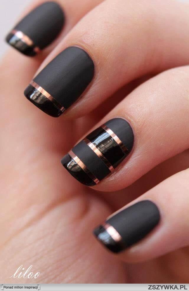 Czarne Paznokcie Ze Złotym Akcentem Pazurki Pinterest Nails