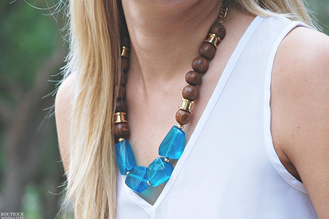 "(@boutiqueminimaliste_etsy) no Instagram: ""Back in stock: Capri Necklace 🙌🏽"""